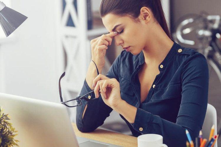 3 PROBLEMAS DE LA MUJER PROFESIONAL QUE LE IMPIDEN ENCONTRAR EL AMOR